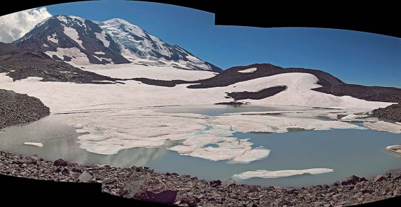 2013 Glacier lake panorama 1024w